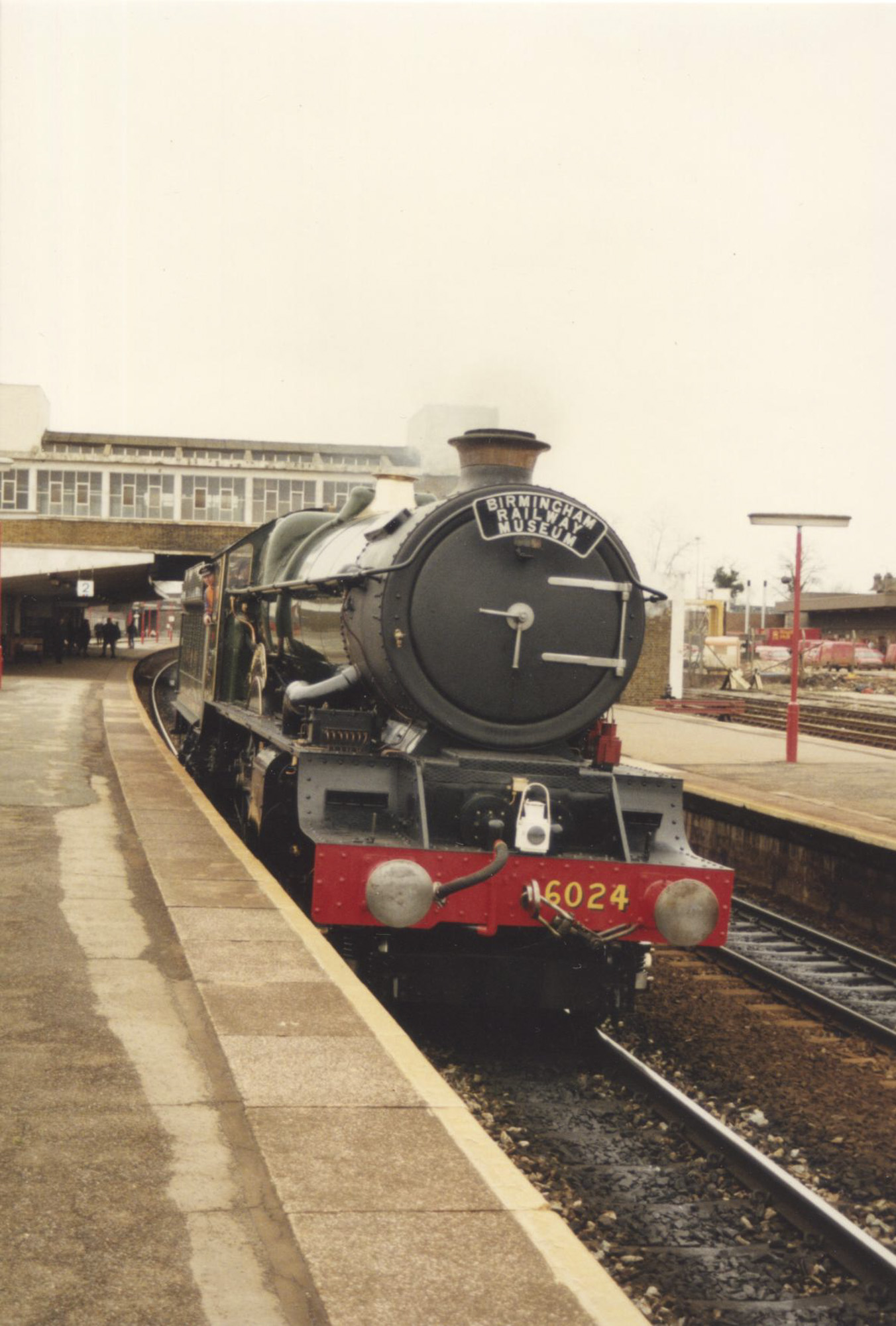 No. 6024 on test at Banbury, 8 February 1990. © Chris Brown