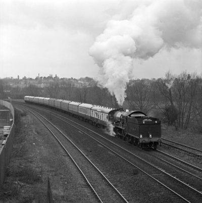 No. 6024 on test and running tender first sets off from Banbury, 8 February 1990. © Ian McDonald