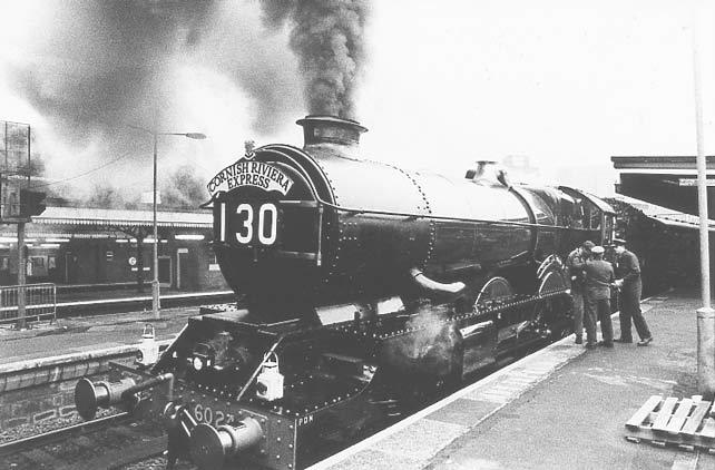 No. 6024 at London Paddington, waiting to set off for Paignton, 5 February 1995. © Matt Parkes