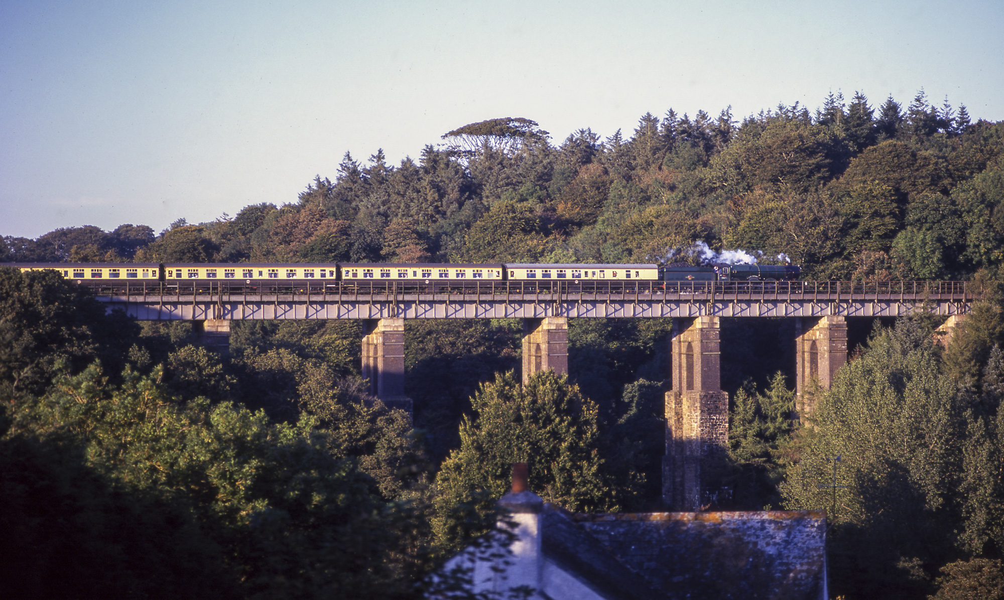 No. 6024 crosses Cold Rennick viaduct in Cornwall, 20 Septmber 1998. © Martyn Bane