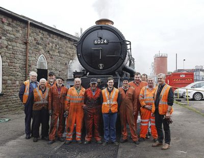 Bristol Barton Hill, No. 6024's support crew responsible for its preparation for the final mainline run before overhaul, 16 March 2012. © Keith Jackson