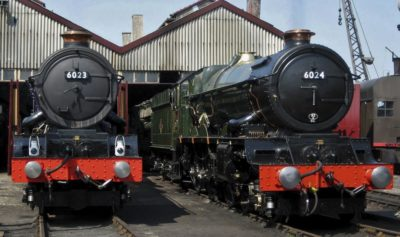 Two 'Kings', No. 6023 and No. 6024, Edwards I & II at Didcot, 22 April 2011. © Gerry Hurfurt