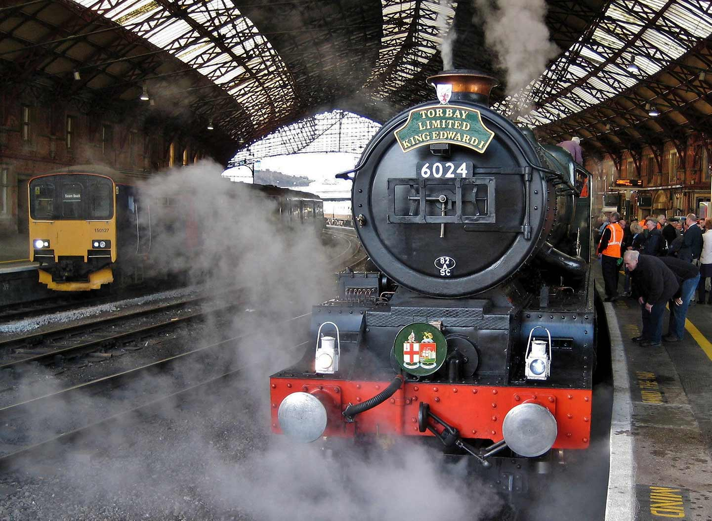 No. 6024 at Bristol Temple Meads with its last mainline train before overhaul, 17 March 2012. © Gerry Hurfurt