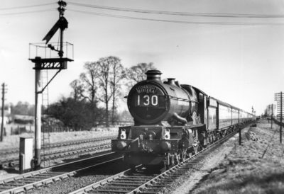 No. 6024 at the head of the down 'Cornish Riveria' near Ruscombe, 1952. © Maurice Earley/NRM Collection
