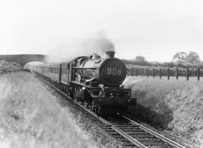 No. 6024 on the single line section at Saunderton with the 09:10 Paddington to Wolverhampton Low Level express, 1960. © Maurice Earley/NRM Collection