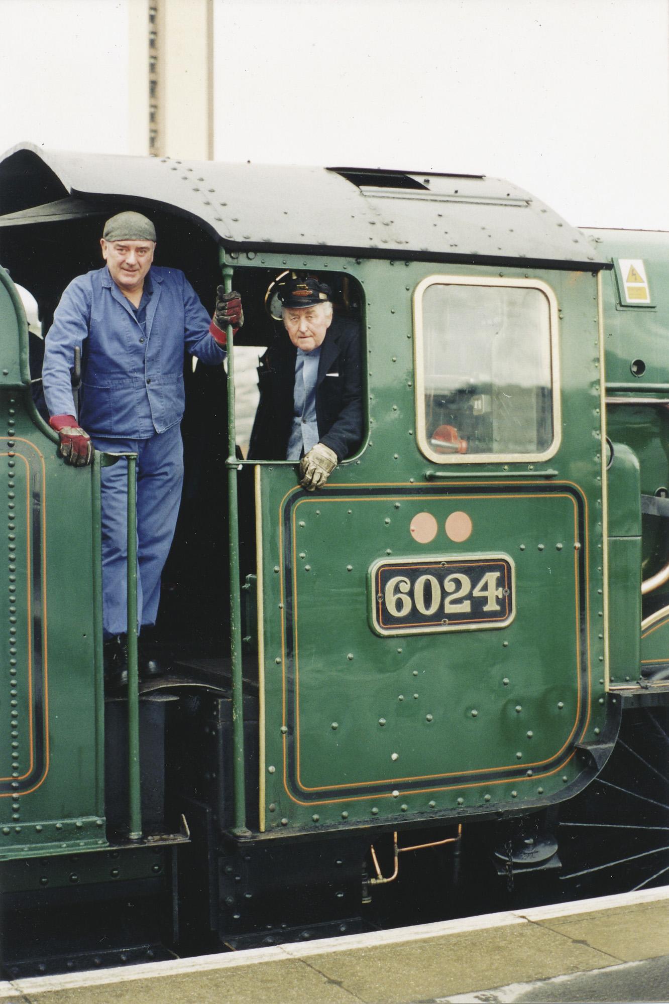 Frank Sutton and Tony Roseblade. © Bob Robson/6024PS Ltd