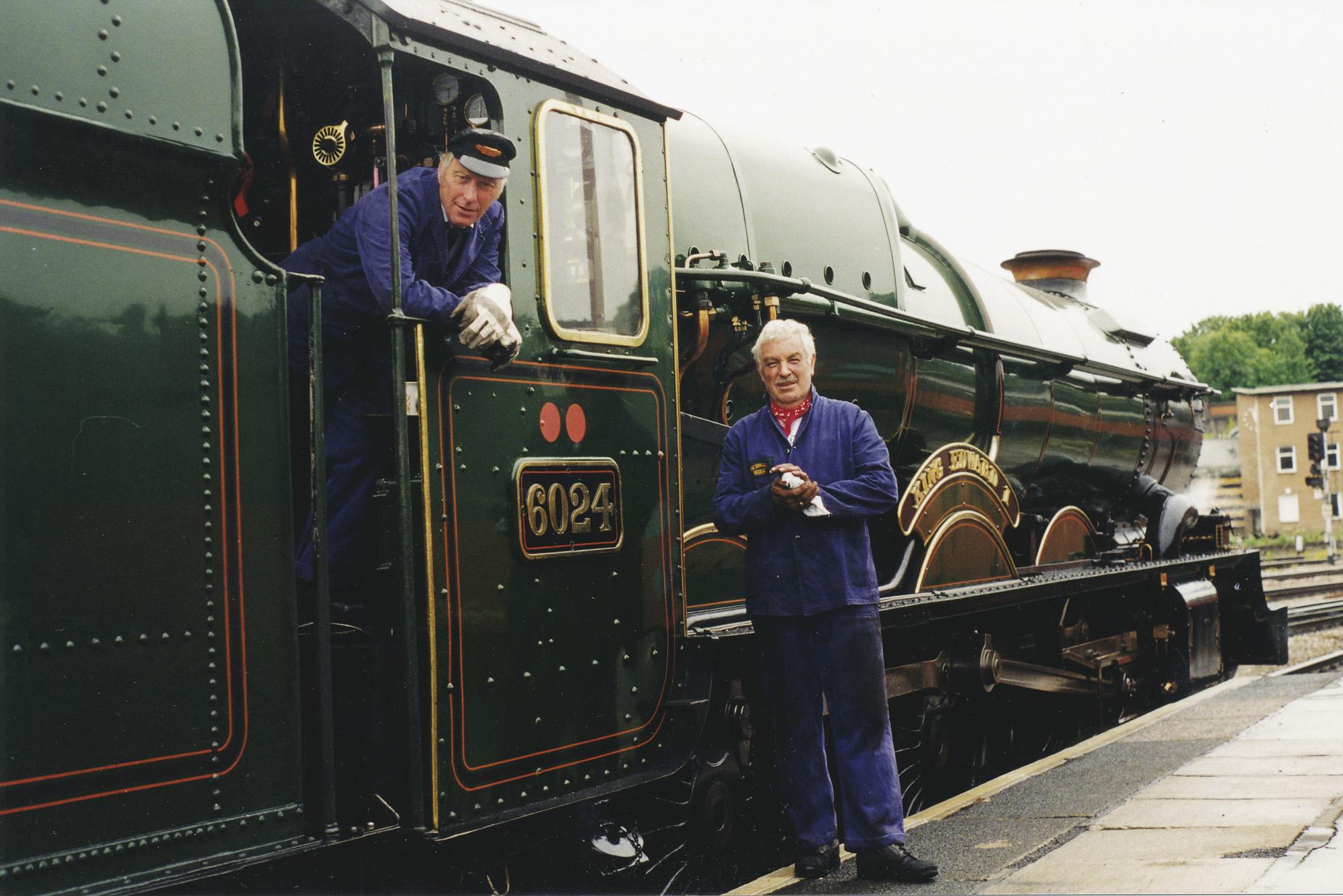 Geoff Ewans and Bob Robson. © Bob Robson/6024PS Ltd