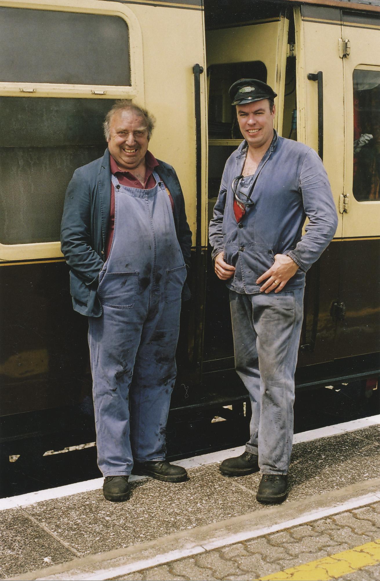 Micky Hunt and Bob Binstead. © Bob Robson/6024PS Ltd