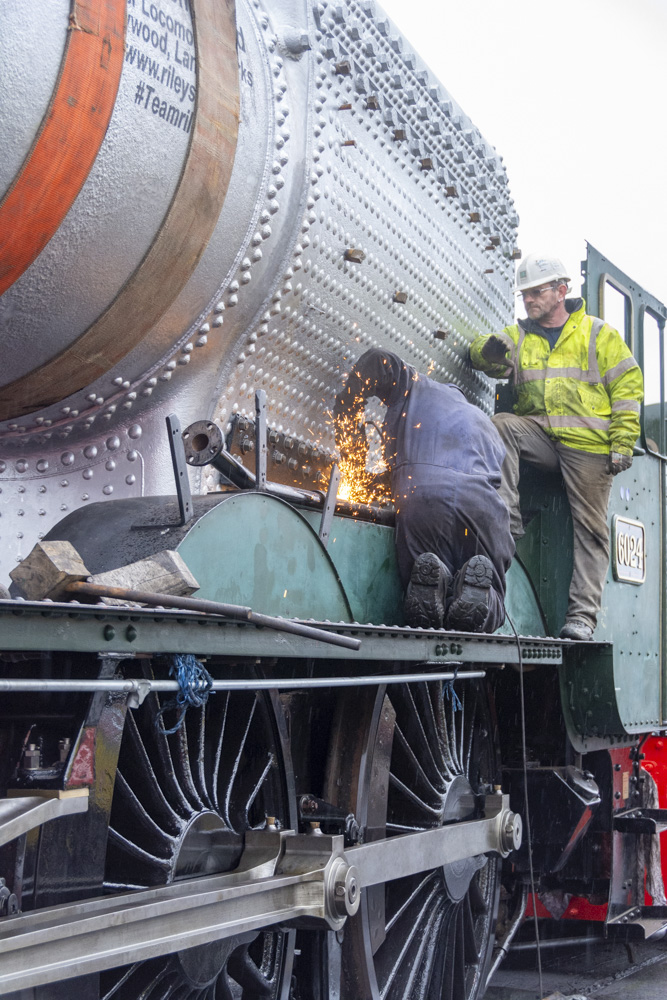 Adjusting the fire iron tunnel. © Martyn Bane