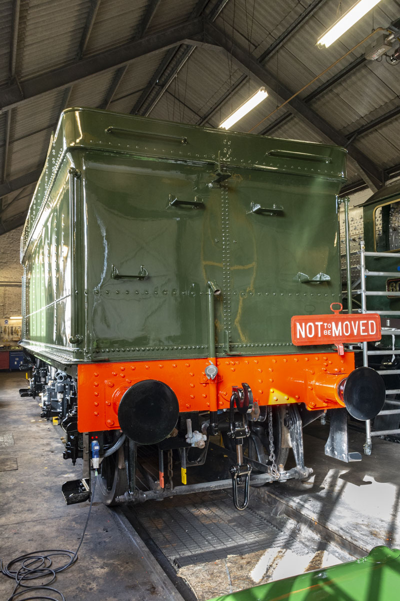 The quality of the finish is obvious but this is only the first topcoat. The painting will be finished when the engine is ready to ensure engine and tender match. 11 October 2020 © Martyn Bane