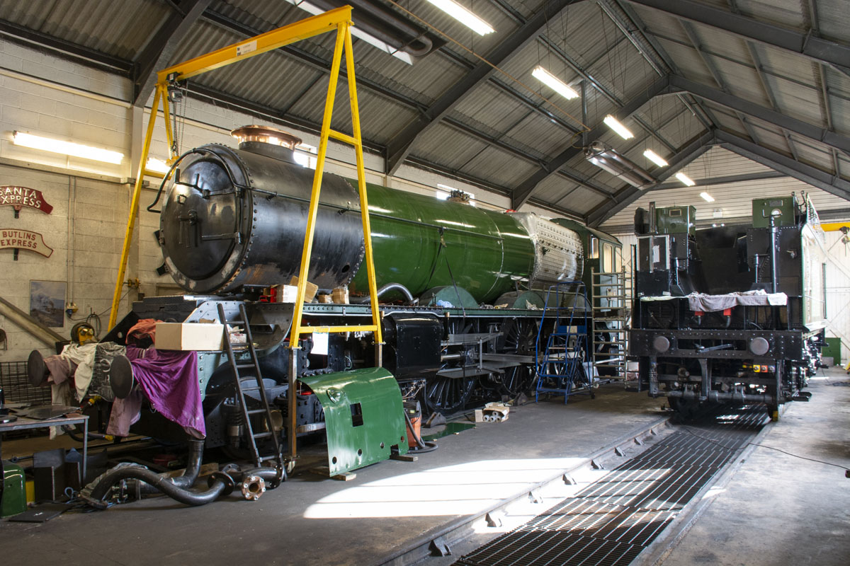 Engine and tender together and starting to look nearly complete. 11 October 2020 © Martyn Bane