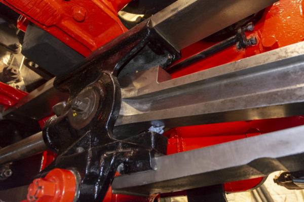 The inside right hand connecting rod back in the crosshead. © Martyn Bane