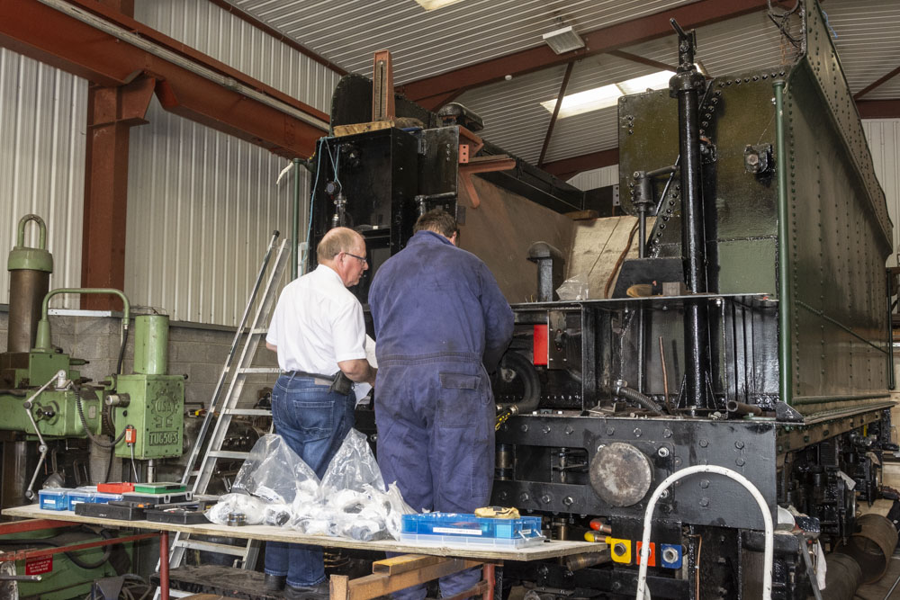 Rob and Martin hard at work wiring at the front of the tender. 15 July 2019 © Martyn Bane