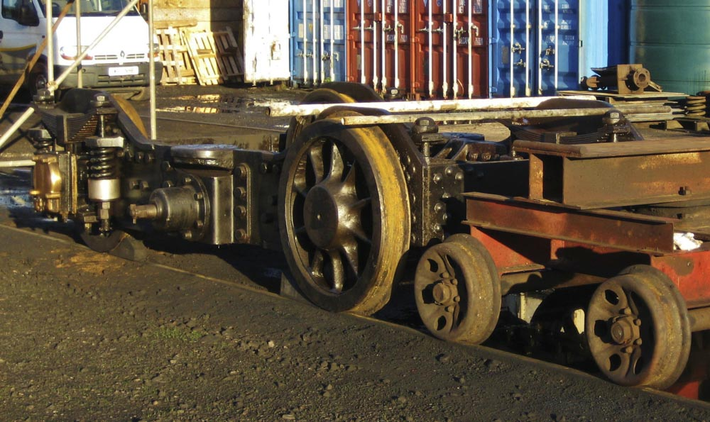 No. 6024's bogie out and ready for overhaul, 8 December 2012. © Gerry Hurfurt