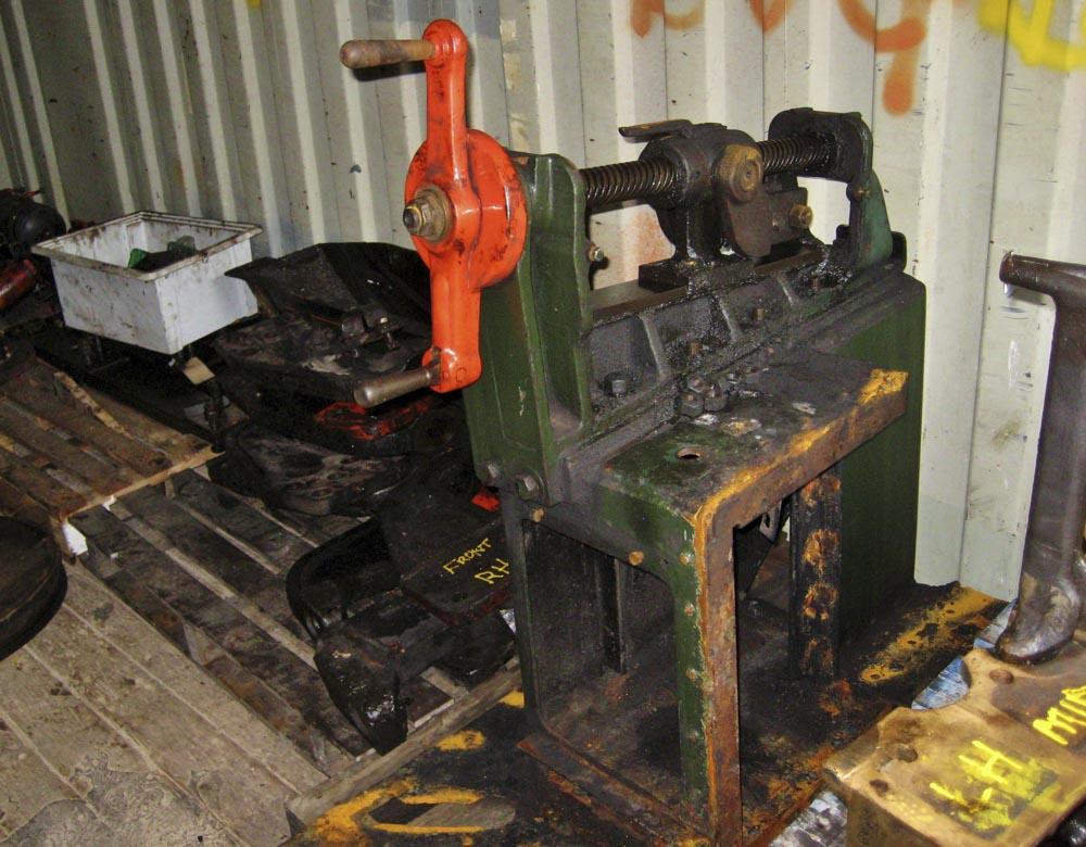 The reverser stand awaiting repairs, 8 November 2012. © Gerry Hurfurt