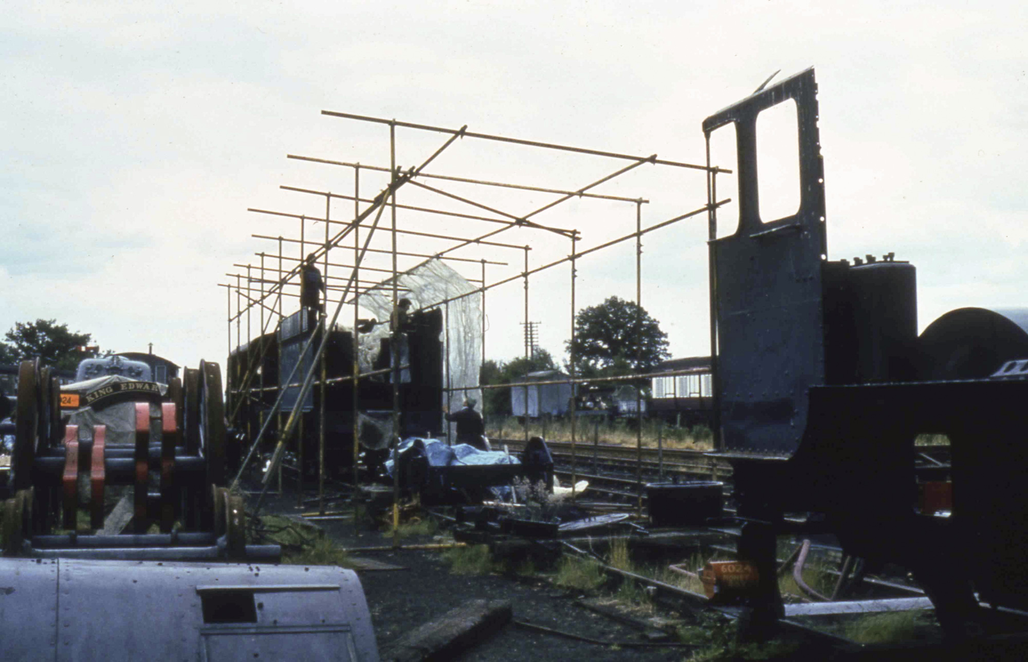 Some cover gets built over the loco, 28 June 1981. © Unknown, please contact us if you know the photographer